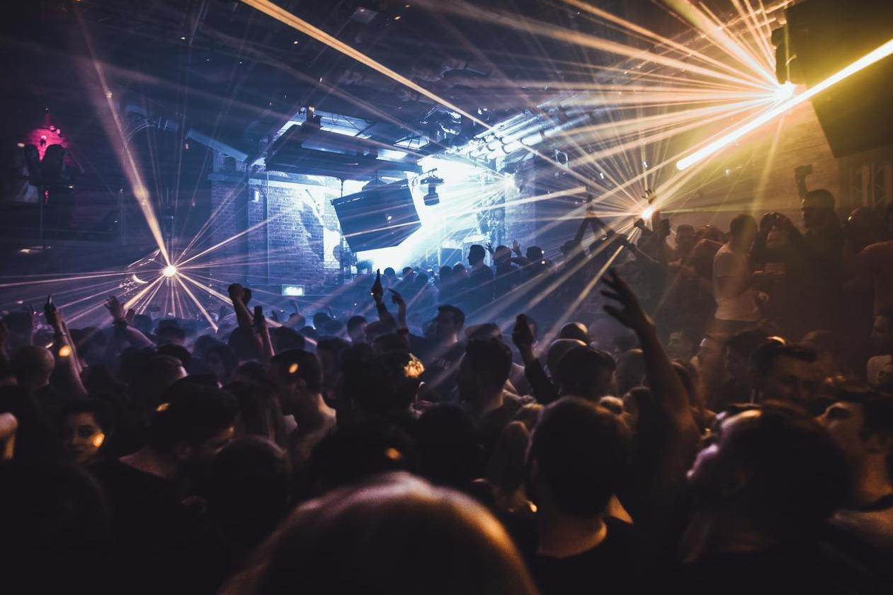london-clubs-begin-to-close-temporarily-in-face-of-covid-19-outbreak